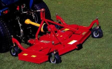 Compact finishing mower